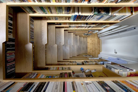 bookcase-stairs